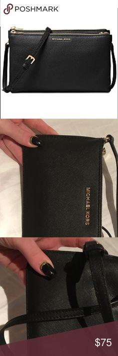Michael Kors leather crossbody wallet Single zip. Authentic. Clean. No card holder Michael Kors Bags Crossbody Bags