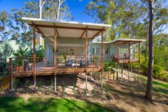 """This 592 sq. ft. home in Queensland, Australia might be called a """"granny flat"""" because of its practicality butyou won't find any mothballs, chotchkes, or wild wallpaper. This accessory dwelling hasenough clever features to accommodateanyone who has a sense of style thanks to thecollaboration effort between Baahouse + Baastudio andKim Alexander builders, who delivered on their promise to construct a fashionable secondary dwelling on ..."""