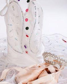 Classical Ballet  #royalacademyofdance #tutu #ballet #ballett #cute #love #dortmund #ballettschuletraumtaenzer #pointshoe #dance #crone #thenutcracker #nussknacker #zuckerfee #sugarfairy #buttons #sweets #balletteacher #Spitzenschuhe
