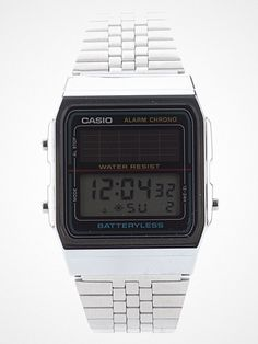 2012.08.03. Retro at its best. Digi watch from Casio, solar panel's included. http://pick.basouk.com/NPwdGB