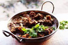 No need of a special introduction to Karahi Gosht / Mutton kadai. Mutton karahi is a dish with mutton,  which is traditionally made in cast iron wok called kadai / karai / kadhai / cheena chatti. Karahi is a popular meal in Pakistan cuisine which is consumed with nan. And In Indian cuisine  this dish is Mutton kadai.