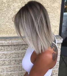10 Medium Hair Color Sky - Beige - Brown - Blonde & Gray Blends - Hairstyle Fix - Tolle Frisur für dünne Haare Graue Haare, weisse Haare, Bob , Haarschnitt kurze Haare, dünne Ha - Blonde Wavy Hair, Brown Blonde, Icy Blonde, Bright Blonde, Medium Ash Blonde Hair, Blonde Ombre Short Hair, Long Bob Ombre, Ash Hair, Blond Beige