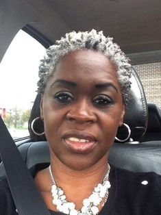 Hottest Short Haircuts for Gray Hair for Black American Women Over 50 - New Ideas Short Grey Hair, Short Hair Cuts, Curly Hair Styles, Natural Hair Styles, Styles Locs, Twa Hairstyles, Twa Natural Hairstyles, Wedding Hairstyles, Salt And Pepper Hair