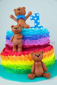 Rainbow ruffles 1st birthday cake / Tort na pierwsze urodziny z tęczowymi ruffles