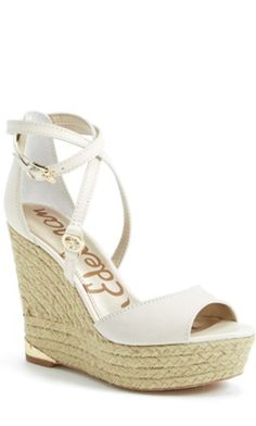 perfect wedge espadrille sandals for summer http://rstyle.me/n/wwepzr9te