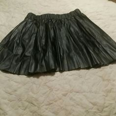 Vera Wang Imitation leather mini skirt in new condition Vera Wang Skirts Mini