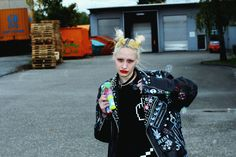 Fashion can't die - Norelle Rheingold