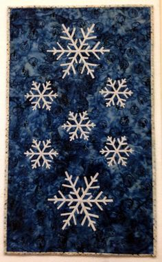 snowflakes, in: Winter Trio table runners kit by Edyta Sitar / Laundry Basket Quilts | available at Sun Valley Quilts on Etsy.  December 2014