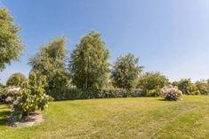 Nos hébergements et emplacements | Camping Les Mouettes | Carantec Rando, Belle Photo, Golf Courses, Sidewalk, Photos, Plants, Brittany, Pictures, Side Walkway