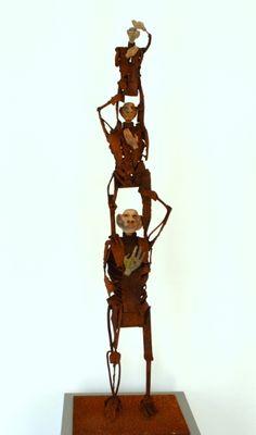 Jan Verschueren: Vergezicht. Scrap metal sculpture.