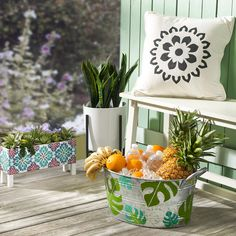Decorate your front porch with boho flair when you craft this black and white pillow. Make your time outdoors enjoyable with a handmade craft you can enjoy all summer long. Mason Jar Candle Holders, Mason Jar Candles, Budget Crafts, Easy Crafts, Stencil Decor, Stencils, Beach Crafts For Kids, Stenciled Pillows, Drink Bucket