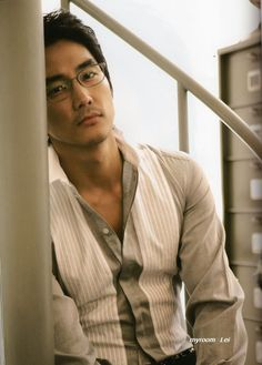Song Seung Hun~  Somebody call the Law...SMH