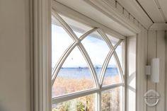 Wooden details for summer gazebo's windows. Traditional Windows, Window Detail, Custom Woodworking, Gazebo, Wood Working, Finland, Interior, Furniture, Summer