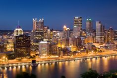 Night time skyline in the burgh.