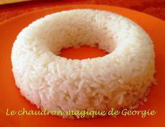 Le Thermomix remplace aisément un rice-cooker alors ne vous en privez pas, la cuisson de votre riz sera rapide et parfaite... Prévoir 60 g de riz cru par personne soit environ 180 g de riz cuit. Vous pouvez cuire 360 g de riz cru maximum dans le bol de...