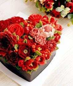"104 Likes, 3 Comments - Butterbe Baking Studio.Korea (@butterbe1005) on Instagram: ""버터비 2월의 케이크  #buttercreamflowercake #flowercake #flower #buttercream #buttercreamcake #cupcake…"""