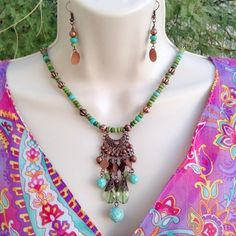 Copper and Magnesite beaded necklace, Bohemian neckace, Gift for her, Woman's necklace, Beaded Necklace, Handmade Jewelry