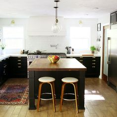 Eye-Opening Cool Ideas: Kitchen Remodel Countertops Tips small kitchen remodel farmhouse.Small Kitchen Remodel Farmhouse 1970 kitchen remodel on a budget. New Kitchen, Vintage Kitchen, Kitchen Dining, Kitchen Small, Updated Kitchen, Kitchen Layout, Square Kitchen, 1960s Kitchen, Ranch Kitchen