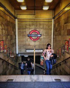 Going places.... #londonunderground #trainstation #londontube #shootthepeople #london #thisislondon #londonpop #london_enthusiast #london_only #london4all #londoner #londonforyou #londontown #streetphotography #streetscene #streetshot #urbanphotography #urbanandstreet #peopleoftheworld #igerslondon #visitbritain #stairwalkers #peoplewalkingpastwalls #busystranger