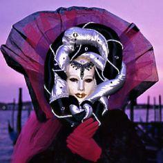 Carnivale Venice, That cape with the portrait collar.