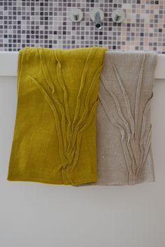 linen hand towels, $25 from luvtut.com