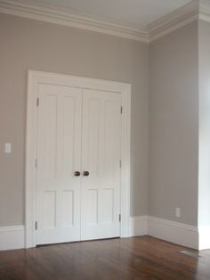 Redo all interior paint color: Benjamin moore Revere pewter. other colors to check out: Going to the chapel, early morning mist stingray, senora gray Room Colors, Wall Colors, House Colors, Neutral Paint Colors, Revere Pewter Benjamin Moore, Revere Pewter Living Room, Grey Paint, Pewter Paint, Pewter Color