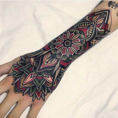 Wrist tattoos - Forearm band tattoos - Arm band tattoo - Pattern tattoo - Wrist tattoos f. Mandala Tattoo Design, Dotwork Tattoo Mandala, Mandala Hand Tattoos, Design Tattoo, Best Tattoo Designs, Colorful Mandala Tattoo, Tattoo Abstract, Geometric Tattoos, Red Tattoos