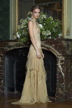Alberta Ferretti Limited Edition Primavera Estate 2016 - Vogue.it