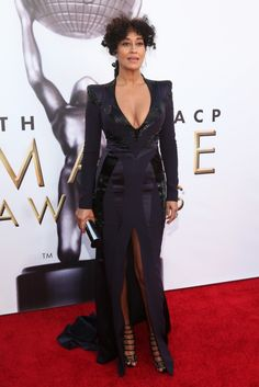 Tracee Ellis Ross serving Maleficent realness. Although the hair is frizzy.