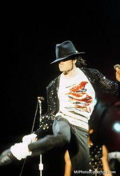 Billie Jean Live in Toronto, Canada October 1984