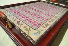 Totally admire stuff like this! Palestinian Embroidery, Palestine, Cross Stitch Designs, Cross Stitching, Reuse, Trays, Decorating Ideas, Pattern, How To Make
