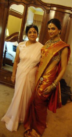 Finding Deepika Padukone In Kalpana Shah's Drape! Gorgeous!