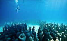 underwater scultpure 1