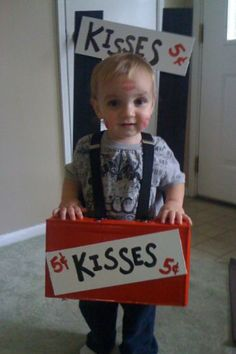 Ohmygoodness! Sooo sweet! If i ever saw a kid wearing this, I would be tempted to add smooches to his cheeks!!
