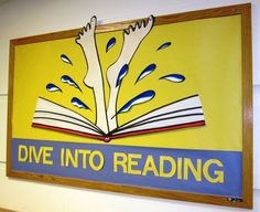 end of school year book display Summer Bulletin Boards, Reading Bulletin Boards, Classroom Bulletin Boards, School Classroom, Reading Display, Reading Library, Ar Reading, Library Lessons, Library Ideas