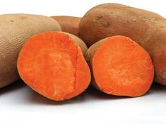 Growing sweet potatoes — a great storage crop for those looking to be food self-sufficient — is simple in many climates from Mother Earth News. Sweet Potato Benefits, Six Pack Diet, Growing Sweet Potatoes, Harvest Day, Vitamin A, Valeur Nutritive, Salad With Sweet Potato, Potato Salad, Mother Earth News