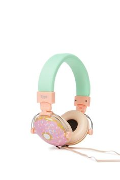 Tune Out! Chill out or rock out in style and comfort with these head phones, there is a cushy head piece and ear bits, mmmm cushy! All the nitty gritty Cute Headphones, Sports Headphones, Bluetooth Headphones, Things To Buy, Girly Things, Stuff To Buy, Accessoires Iphone, Kawaii Fashion, Headset