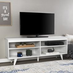 60 Beautiful Farmhouse TV Stand Design Ideas And Decor. If you are looking for 60 Beautiful Farmhouse TV Stand Design Ideas And Decor, You come to the right place. Living Room Tv, Small Living Rooms, Apartment Living, Tv Stand Decor, White Tv Stands, Farmhouse Tv Stand, Modern Farmhouse, Tv Stand Designs, Diy Home Decor Easy