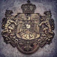 romania.royal.heraldry Baby Tattoos, Tatoos, History Of Romania, Romanian Royal Family, Vlad The Impaler, Wood Carving Patterns, History Photos, Family Crest, My King