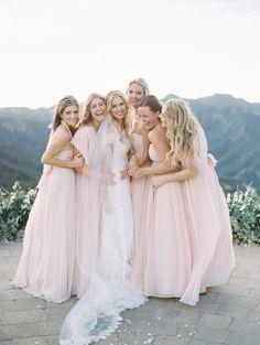Sweet bridal party moment: http://www.stylemepretty.com/2015/12/29/dreamy-malibu-fall-estate-wedding/ | Photography: Kurt Boomer - http://kurtboomerphoto.com/