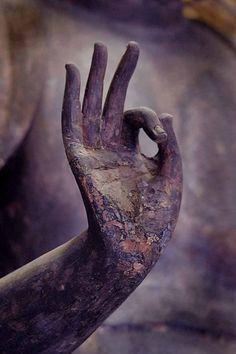 A ok. Xk #kellywearstler #lavender #vibe #myvibemylife #color