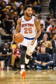 Derrick Rose playing in front of the home crowd at Madison Square Garden in New York.