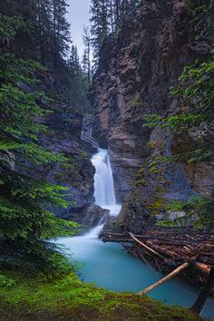 Johnston Canyon Waterfall - Alberta