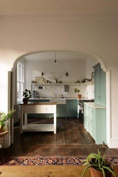 Kitchen Interior Design Remodeling devol kitchen with mint green cabinetry. / sfgirlbybay - this kitchen is one of devol's divine spaces -- an Edwardian Villa in Cardiff, on the south coast of Wales, reminiscent of how our kitchens used to look Küchen Design, Layout Design, House Design, Design Ideas, Clever Design, Design Styles, Devol Kitchens, Home Kitchens, Modern Kitchens