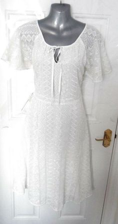 98cffbff74bfb UTTAM BOUTIQUE Ladies Size 12 Ivory Lace Dress Lined Side Zip Bow Neck NEW!