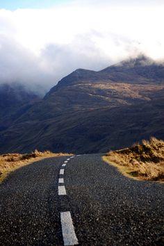 Connemara | Fantasy Road trip | road trip | road | road photo | on the road | drive | travel | wanderlust | Landscape photography | Schomp MINI