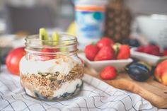 musli z jogurtem bakoma Mason Jars, Mason Jar, Glass Jars, Jars