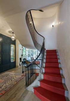 West Village Stadthaus, Treppe, New York, BWArchitects Entry Lighting, Townhouse Designs, Open Staircase, Eco Architecture, Entry Hallway, New York, West Village, Custom Lighting, Pent House