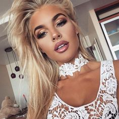 Top 10 Drop-dead Gorgeous Makeup Looks By Jean Watts You Must Check Out! - Makeup Tips For Older Women Jean Watts, Gorgeous Makeup, Love Makeup, Beauty Makeup, Makeup Looks, Hair Beauty, Makeup Tips, Amazing Makeup, Dead Gorgeous