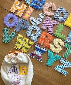 Small Sewing Projects, Sewing For Kids, Sewing Crafts, Craft Projects, Baby Crafts, Crafts For Kids, Fabric Letters, Baby Kind, Handmade Toys